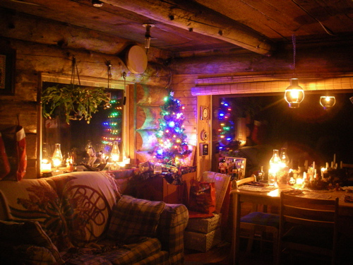 Zeiger Family Homestead cabin at Christmas
