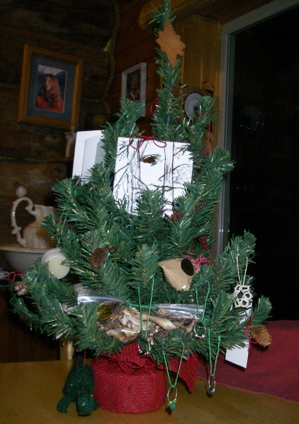 Library auction Christmas tree