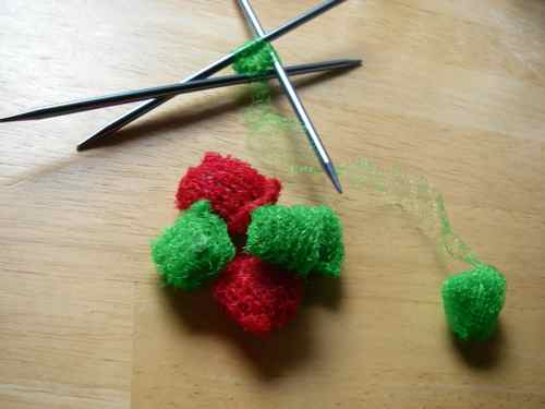 Aly's scrubbies, knit from produce nets (Photo: Aly Zeiger).