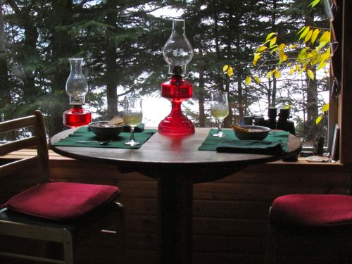 "The ""new"" table, set for lunch (Photo: Mark A. Zeiger)."