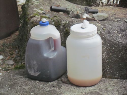Jacking batches: wine (l) and hard cider (r): (Photo: Mark A. Zeiger).