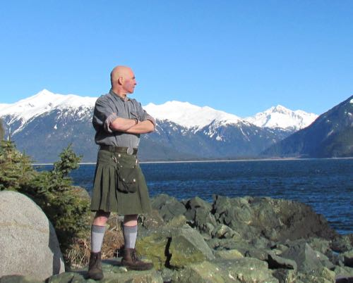 Mark's homemade kilt: good for homestead chores, simply grand for striking heroic poses (Photo: Michelle L. Zeiger).