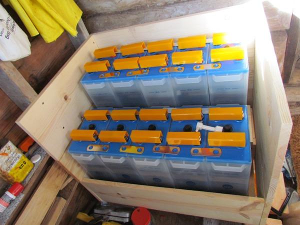 Edison Ni-Fe battery bank